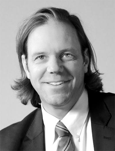 Dr. Henning Hartmann