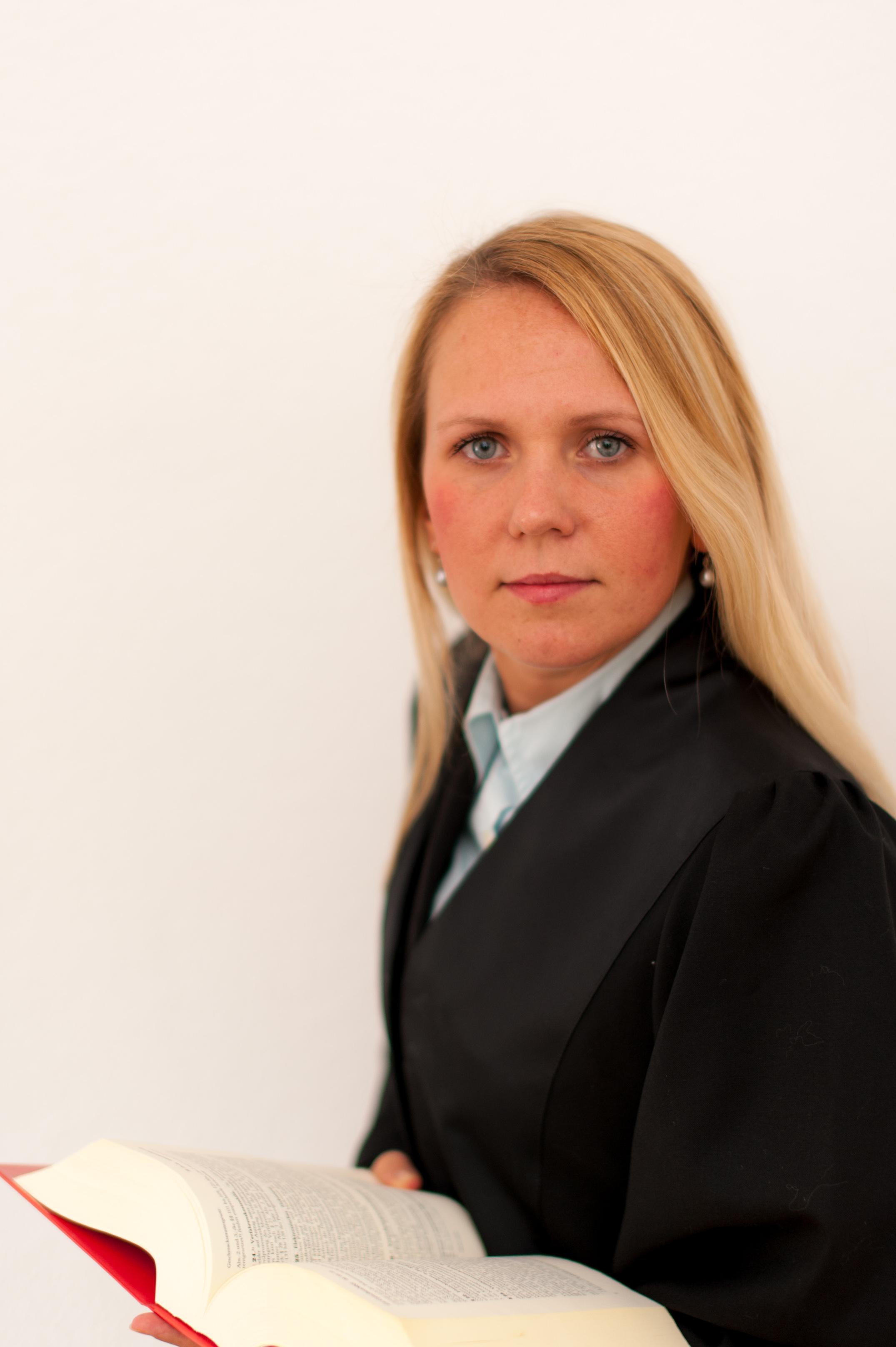Julia Dehnhardt